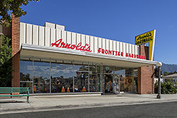 Arnolds Hardware